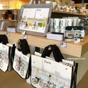 Mairie de Paris stand selling Paris souvenirs. This year with the Velib' bike rental theme