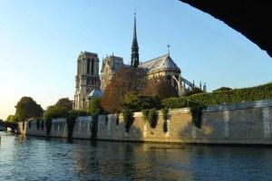 Classic shot of Notre-Dame de Paris