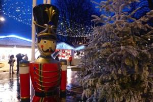 Toy soldier - Christmas market Champs Elysees Village de Noel