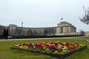 A wing of Palais de Chaillot from 1937, which now houses the anthorpology museum, Musée de l'Homme http://www.museedelhomme.fr/