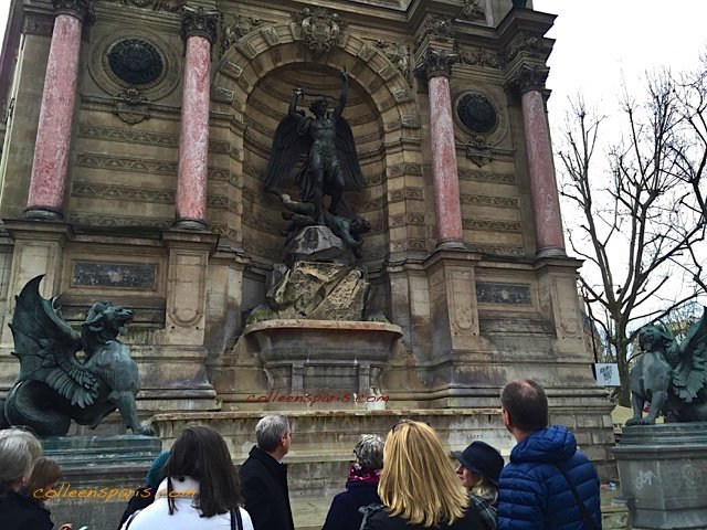 Saint Michel Fountain 8113