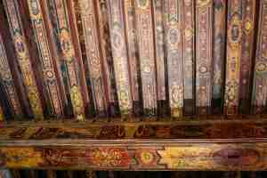 """Painted ceiling in style known as """"à la Française""""dates from 1602-1604 ; it was discovered in 1976 during a renovation"""