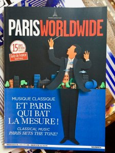 Free guide book to Paris at airports in French and English