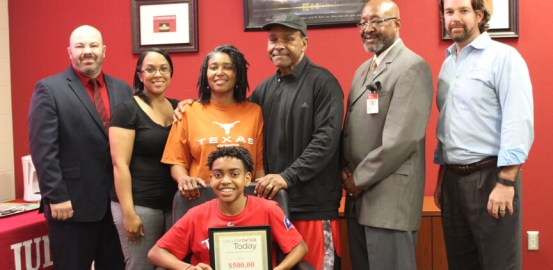 Freshmen Cameron Jones given scholarship by College Choice Today