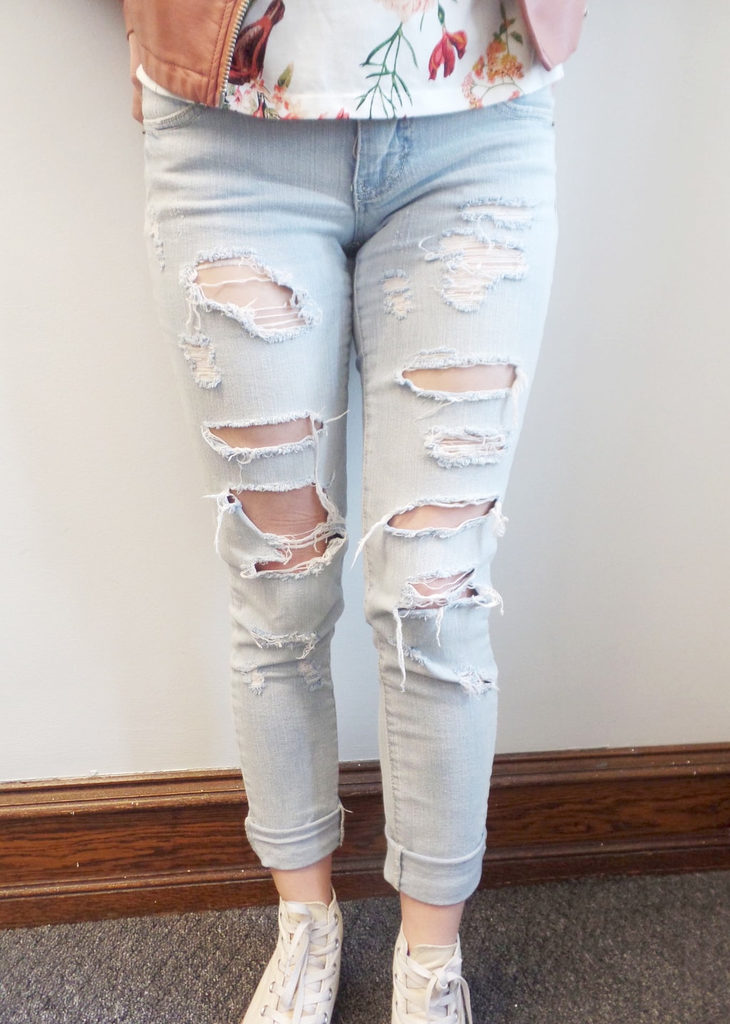 How To Wear Ripped Denim College Fashion