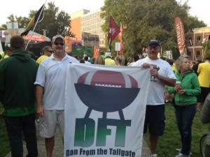 Dan Donnelly of Dan's Tailgate blog got a jump start on the season as he attended the Cal-Hawaii game played down under on August 27.