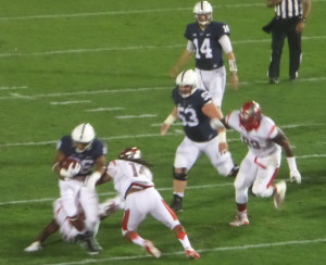 Saquon Barkley (26)amassed 195 rushing yards against Rutgers.