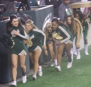 South Florida cheerleaders had to duck under the end zone TV cameras coming back before teh second half. at least teh cameras weren't in anybody's way like the aare at Notre Dame Stadium.