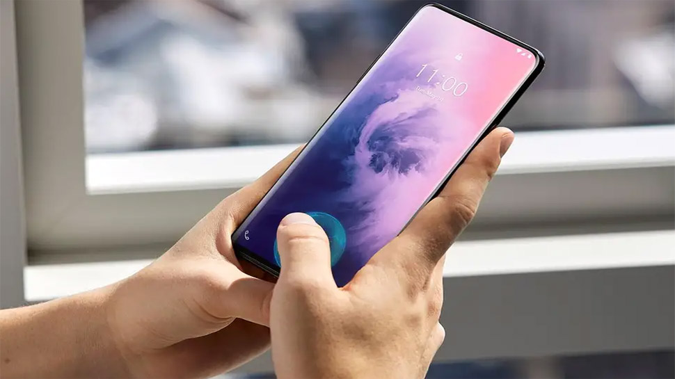 Oneplus 7 Pro Vs Iphone Xr War Of Flagship Smartphone