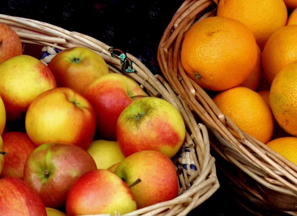 differences-between-college-and-high-school-apples-and-oranges
