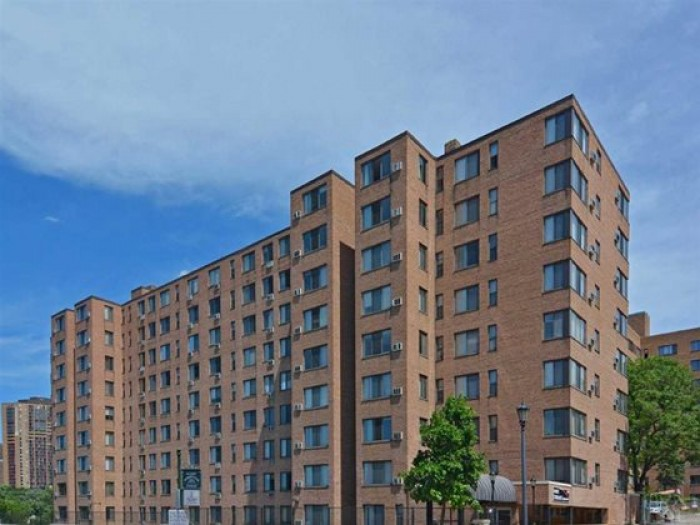 Park Terrace apartments in Minneapolis, Minnesota