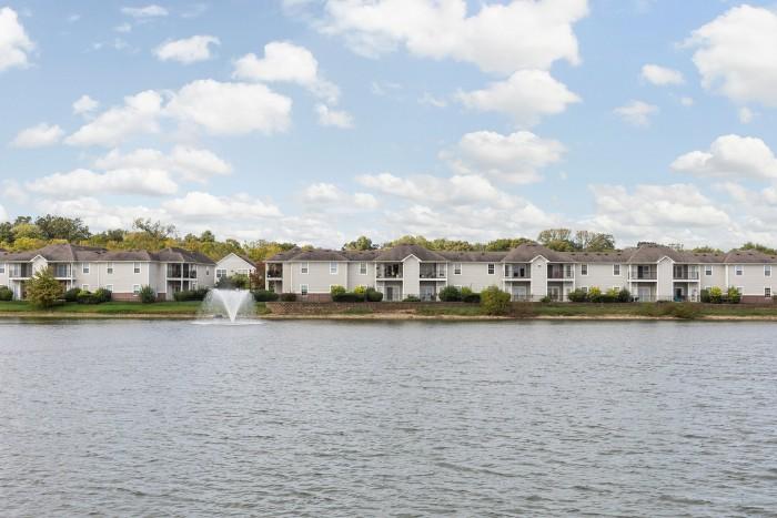 Runaway Bay Apartment Homes Rentals - Resume Examples