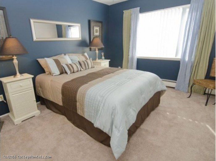 College Towne West apartments in Lansing Michigan