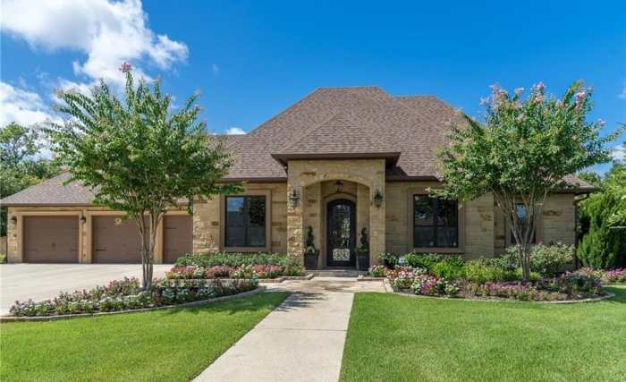 houses for sale in college station, tx
