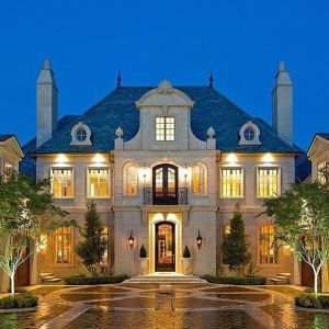 The Luxury Real Estate Market in College Station, TX