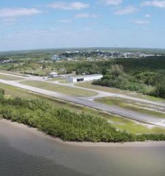 aerial view of everglades airport runways [ 1600 x 829 Pixel ]