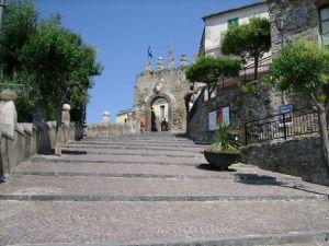 Agropoli_ingresso_del_borgo_storico