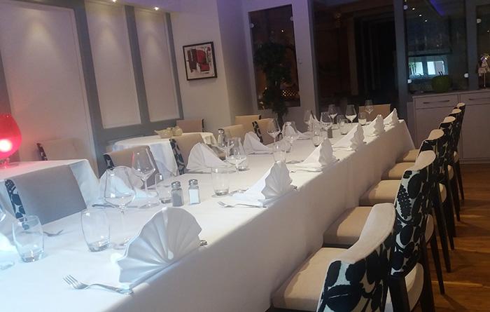 Mobilier du restaurant Au Cheval Noir  Kilstett  Collinet