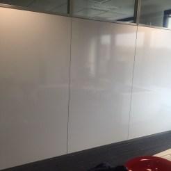 Oficina con revestimiento Vileda en paneles