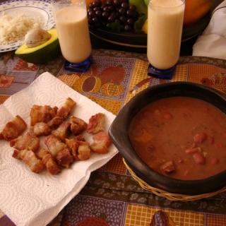 Platos tipicos comida colombiana frijolesColombianos en USA