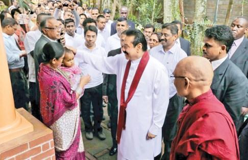 President Rajapaksa at the Nairobi Buddhist Temple