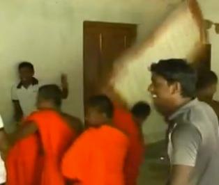Monks attacking Church in Sri Lanka