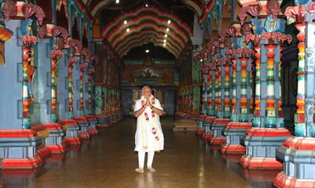 Modi - Naguleswaram Temple Jaffna 2015