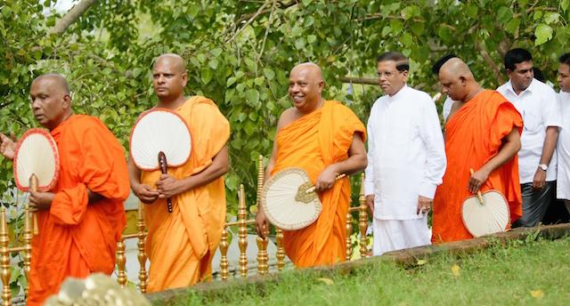 Maithripla Buddhist monks