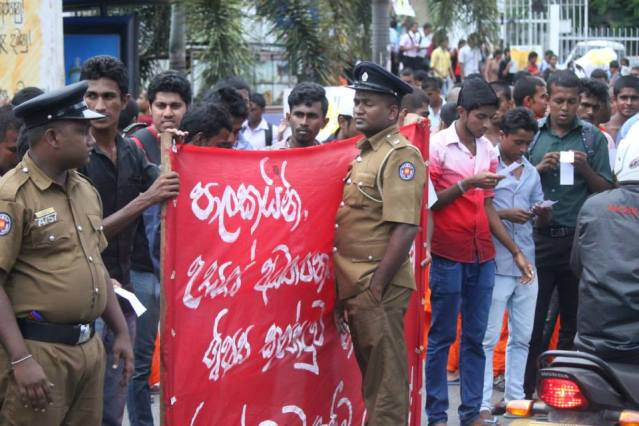 Student Protest Police