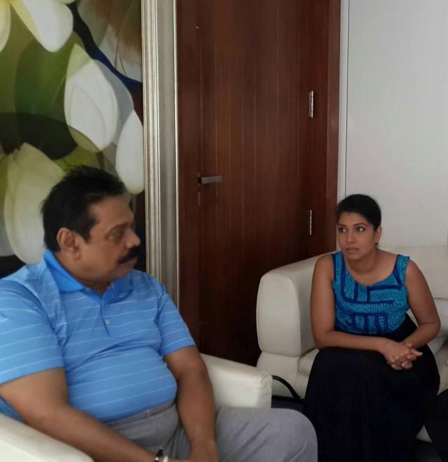 Mahinda Rajapaksa and Apsari Tilakaratne