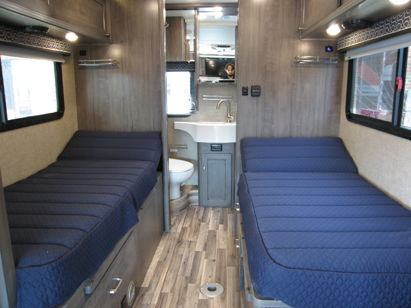 twin bed winnebago fuse floorplan 23a rv storage