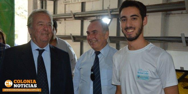 Intendente saludó a Nicolás Hernández luego de su pasantía en Colombia