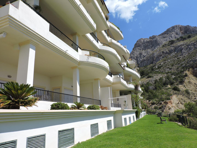 E102 OASIS BEACH MASCARAT  Colon Inmobiliaria
