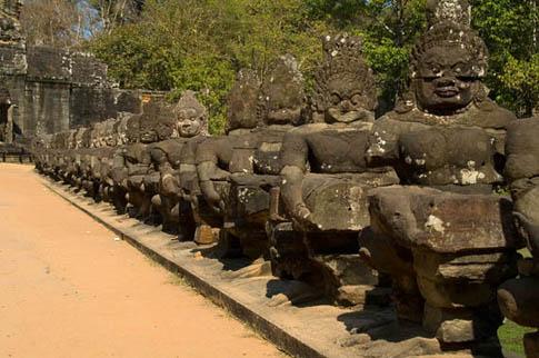 Angkor Thom - Entrance - Entrée