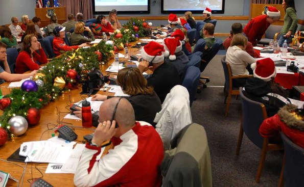NORAD call center tracks Santa (Photo - NORAD Public Affairs, Sgt. 1st Class Gail Braym).
