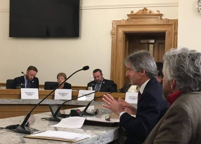 Colorado Freedom of Information Coalition President Steve Zansberg, second from right, testifies in favor of HB 19-1324. To his left is activist Pete Kolbenschlag. (Photo courtesy of CFOIC)