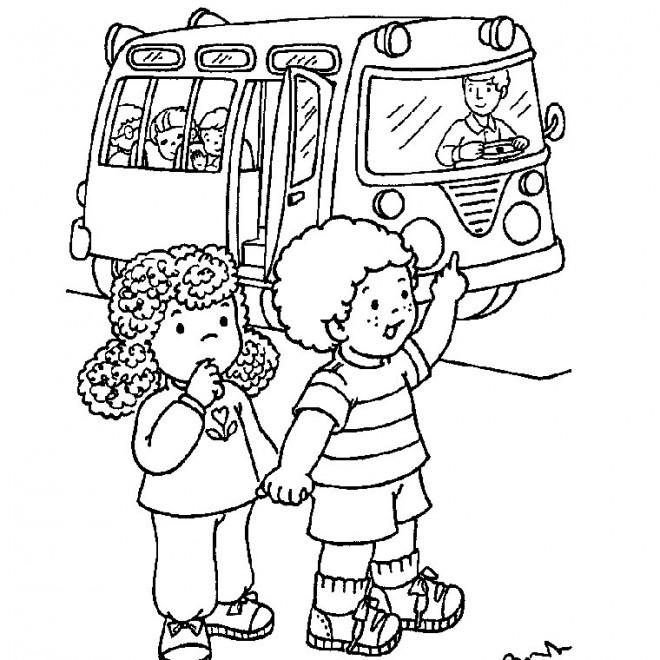 Coloriage Bus d'école Maternelle dessin gratuit à imprimer