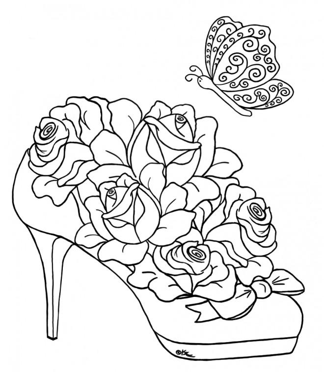 Coloriage Roses sur Chaussure dessin gratuit à imprimer