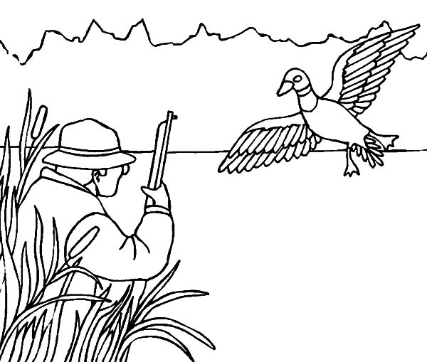 Hunting Deer with Camouflage Coloring Pages: Hunting Deer
