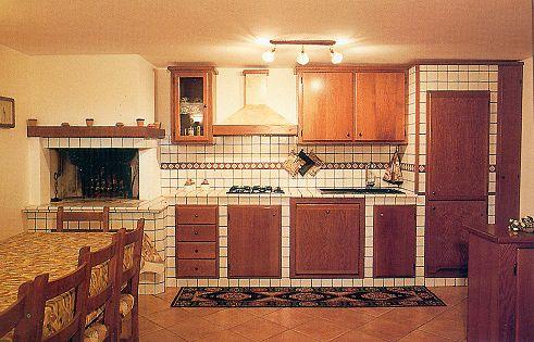 Cucine in muratura rustiche e moderne  coloriverniciit
