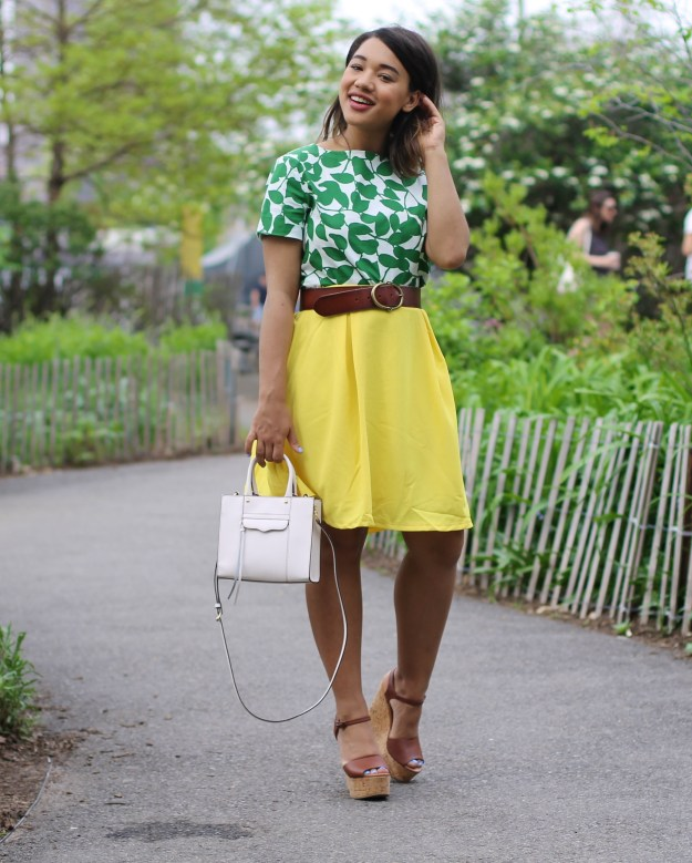 color me courtney blogger fashion blogger yellow wearing yellow yellow and green how to wear yellow how to wear a crop top crop top midi skirt how to wear a midi skirt wear a midi skirt what to wear for summer summer style summer favorites summer finds