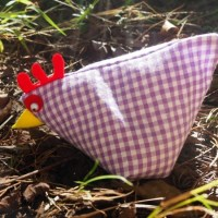Want to Sew a Sweet and Simple Little Hen?