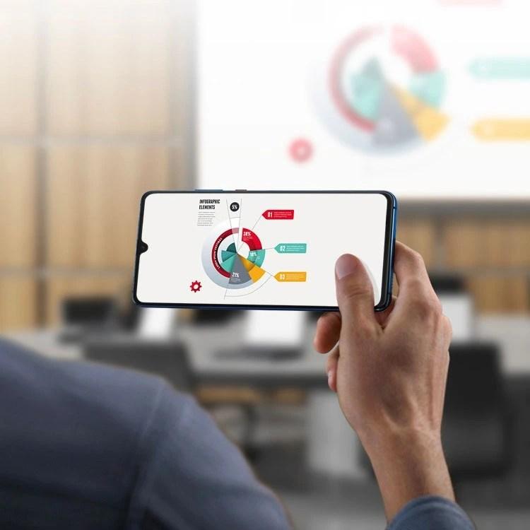 Huawei Mate 20 X Wireless Projecting