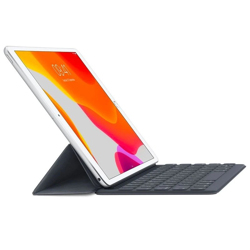 iPad Air 105 with Smart Keyboard Cover