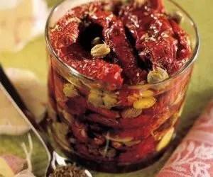Pomodori secchi - pomodori secchi in vasetto sott'olio
