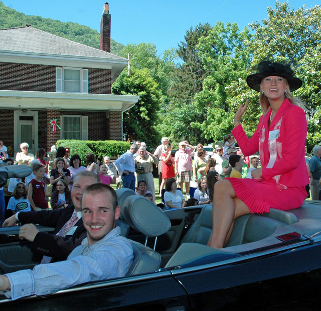 Kentucky Mountain Laurel Festival Rides