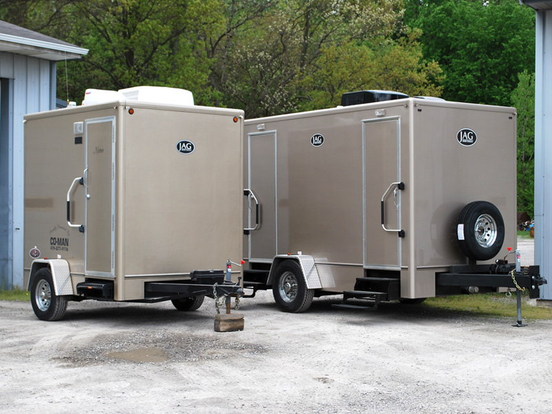 Hire Portable Toilet Settings on the Top Platform