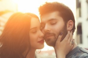 If you don't do these 5 things, your man will never COMPLETELY fall in love