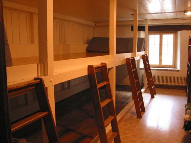 Premier dortoir de 12 places