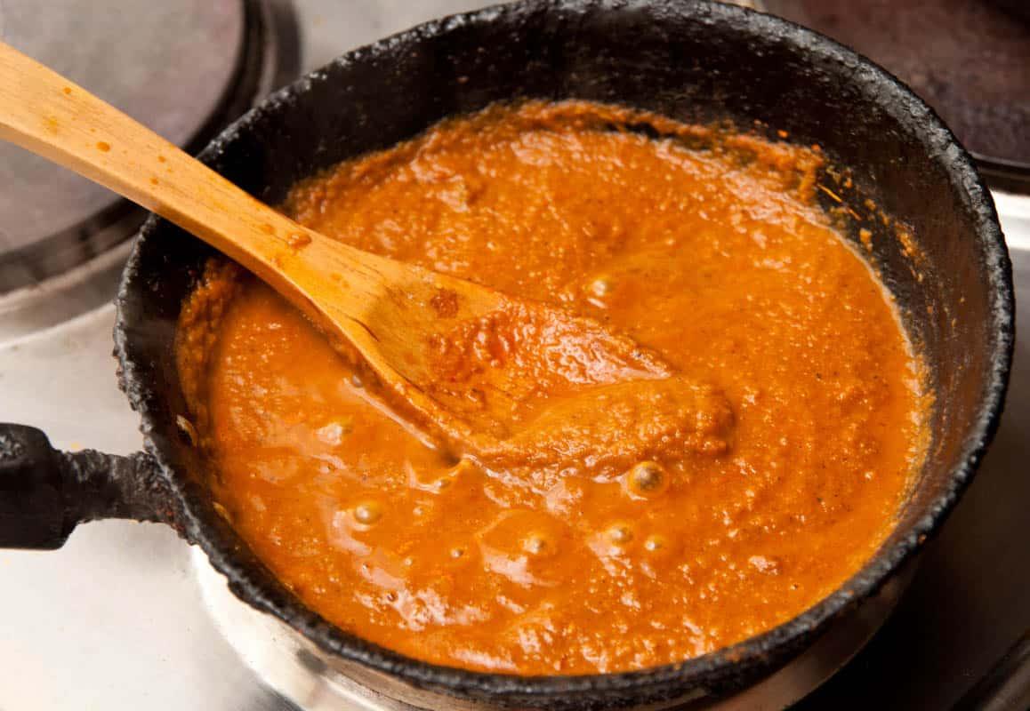 salsa de curry lista